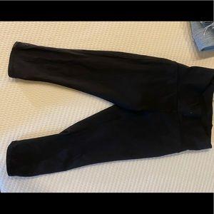 cropped black LULULEMON leggings, never worn!
